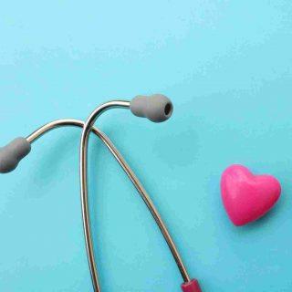 https://www.doctors4you.co/wp-content/uploads/2015/12/srce-i-stetoskop-320x320.jpg